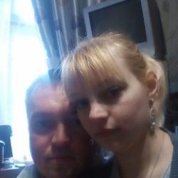 Семейная пара, ищем хорошенькую девушку с фантазиями в Орле для секса